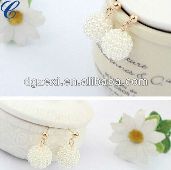 Good quality imitation jewelry diamond dangler earrings
