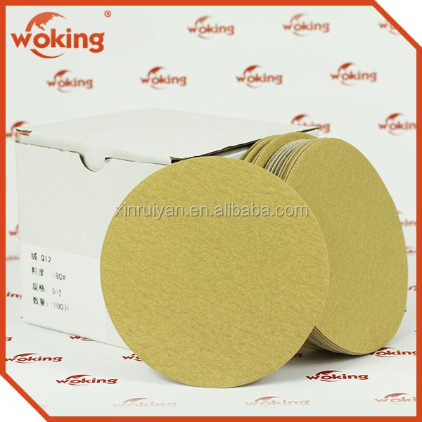 Anti clogging sandpaper disc for wood working