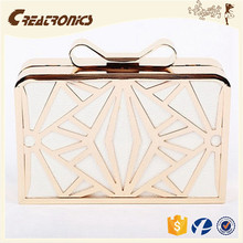 CR USA market expert recommend butterfly shaped woven metal frame gold color fashion luxury wallets ladies