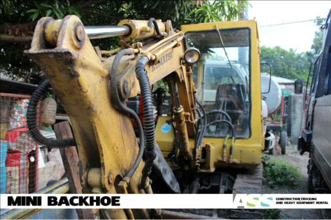 PC 20 / Mini Backhoe for Rent