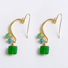2017 new fashion Green Natural Stone Pendant Simple Hanging Ear Hook