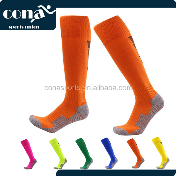 2017 Amazon Hot Selling cotton football /soccer socks with high quality