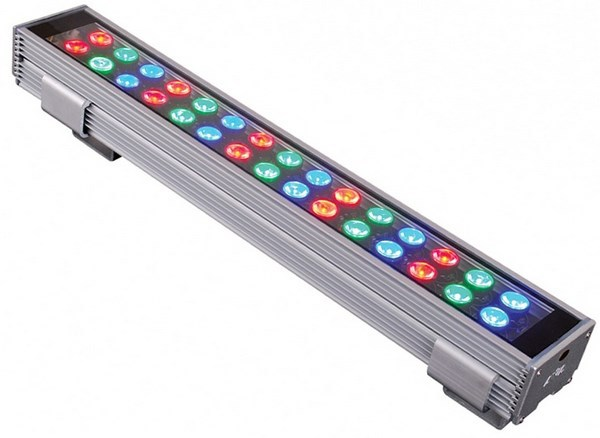 Customized Silver programmable linear RGB LED Wall Washer 24V DC 1000mm length with 4mm toughened glass for lighting projet