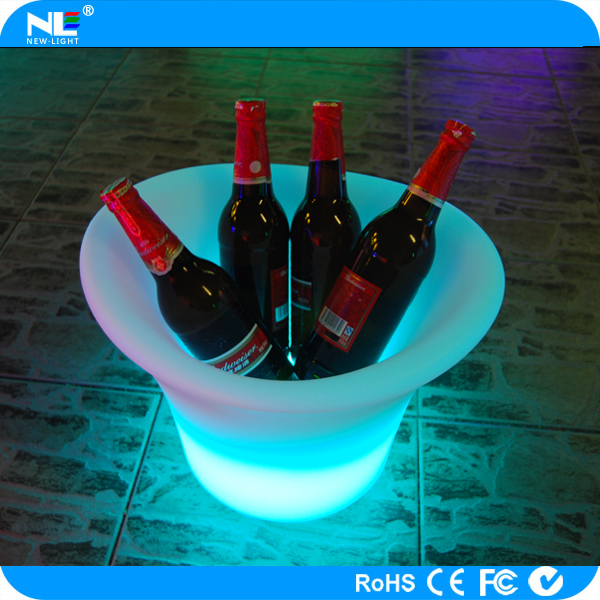 Nice lighting plastic led ice bucket ,waterproof and firm ,remote control