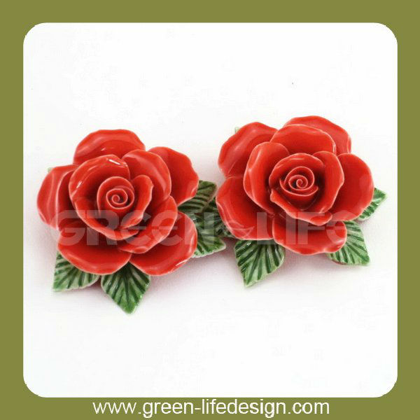 Handmade small ceramic craft flowers