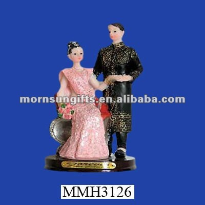 Bridal couple polyresin indian decorative items