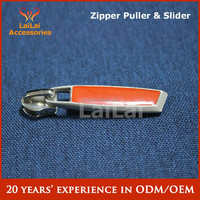 Plate metal zipper puller for bag accessory