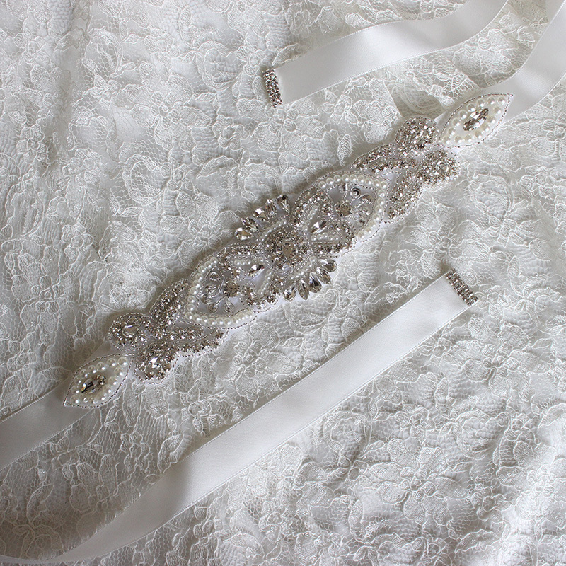 Wholesale Crystal Bridal Sash Wedding Dress Belt Crystal Rhinestone Pearl Applique Silver Beaded Patch Bridal Sash LSBS005
