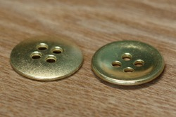 wholesale price easy to sew 4 hole metal button for jeans