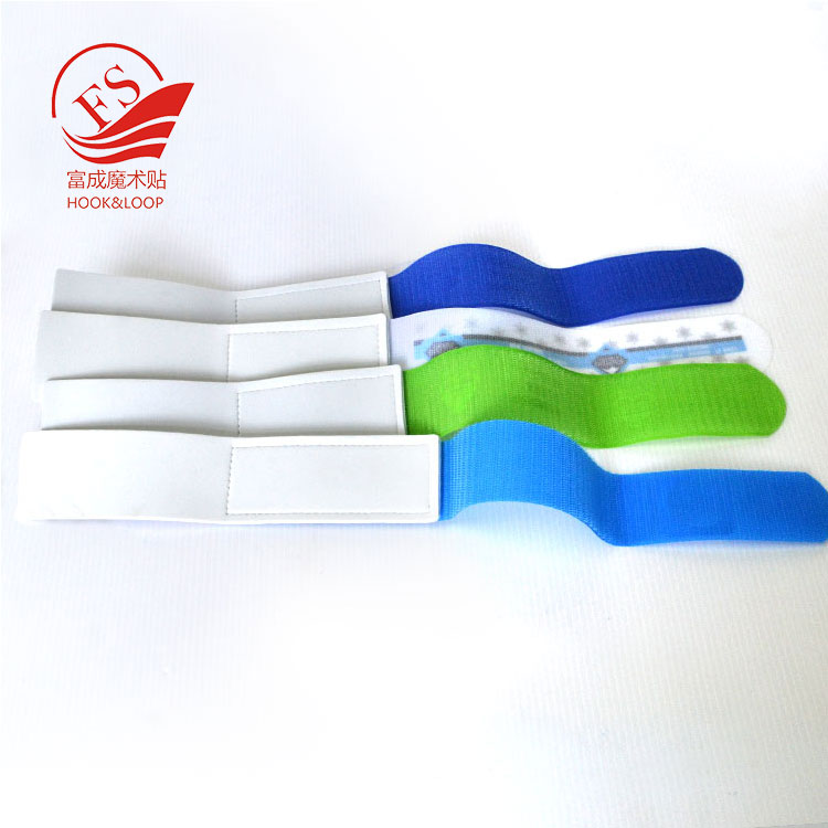 customized size Size and EVA foam+nylon hook loop fastener Material custom ski strap