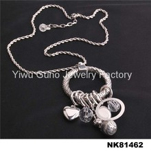 garment jewelry dispaly beaded accessories for ladies