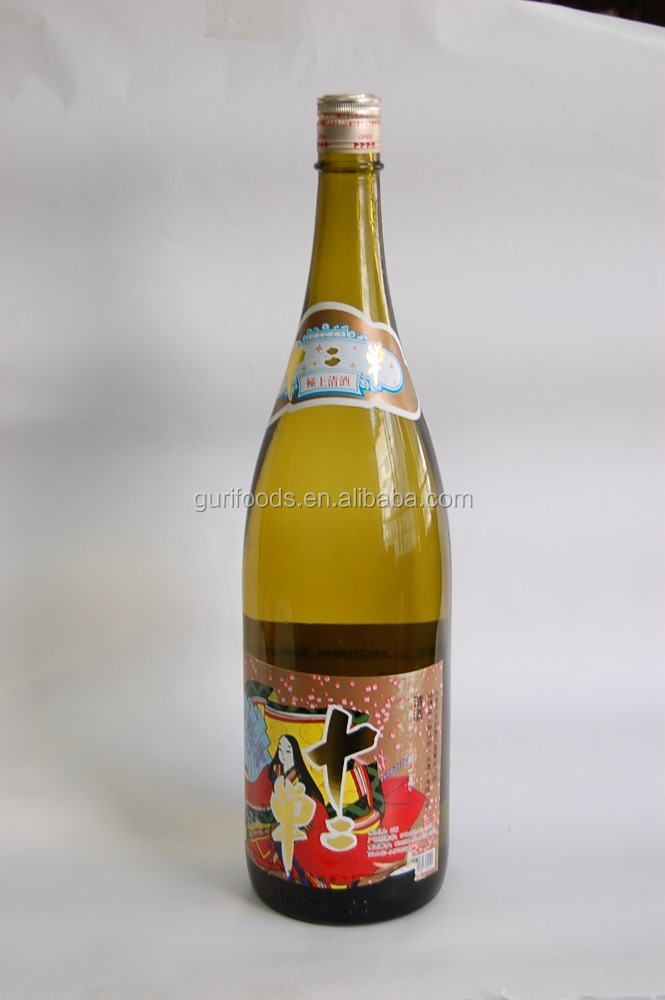 Alcohol 14% Japanese Sake with bottles