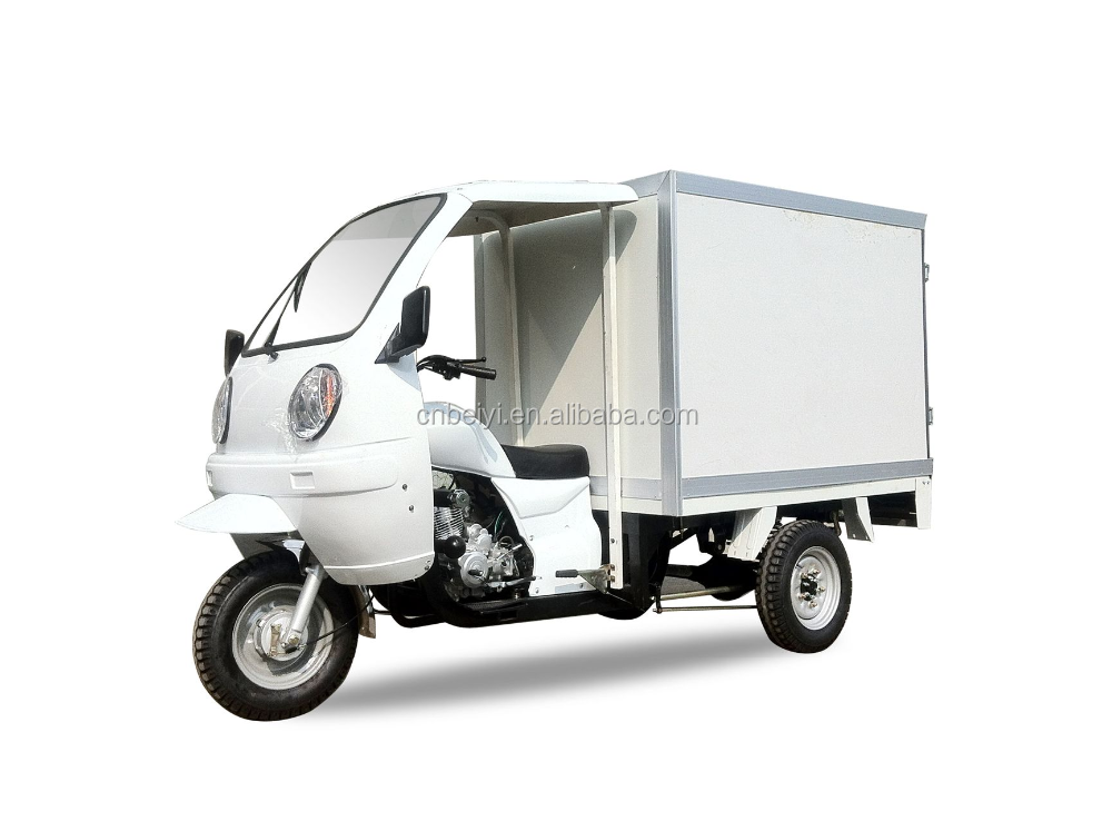 3 wheeler closed heavy tuck gasoline closed cargo box tricycle for sale in Africa