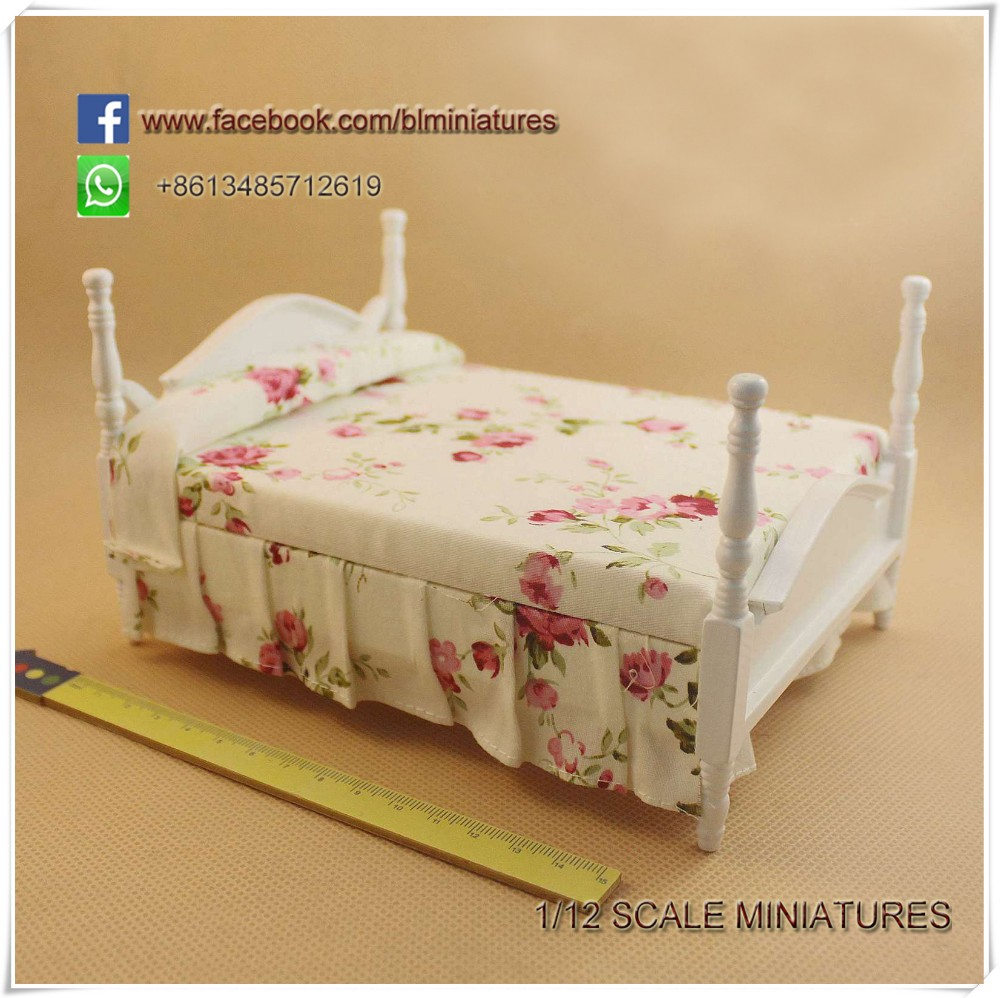1:12 Scale Miniature Floral Double Cannonball Bed Bedroom Dollhouse Furniture Kits