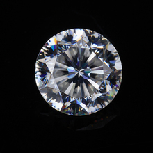 diamond quality in cheap price pure white 9 hearts and 1 arrow moissanite