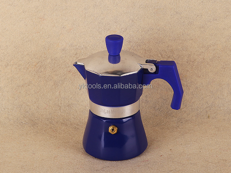 classic family-styled Italian espresso maker coffee machine