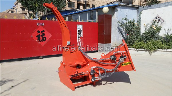 BX series tractor mounted wood chipper with hydraulic feeding