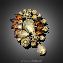 AA056 Women Crystal Brooch Bouquet Wedding Trendy Jewelry CC Brooch Pins Rhinestone Multicolor Option Clothes Accessories