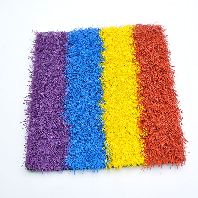Natural Looking Soft Plastic  Artificial Grass for Children Play