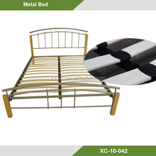 Black metal Platform bed with Wood Post Modern Board Sturdy XC-10-042