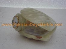 Onyx Shell Clock manufacture wholesaler and exporter from Pakistan