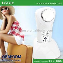 2014 newly home use ultrasonic face lifting skin rejuvenation hand held ultrasonic massager