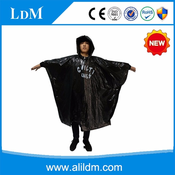 hot sale black disposable rain poncho/rain coat print logo custom supplier