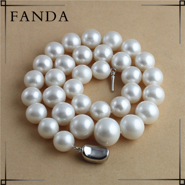 Graduated pearl necklace/Real pearl necklace price