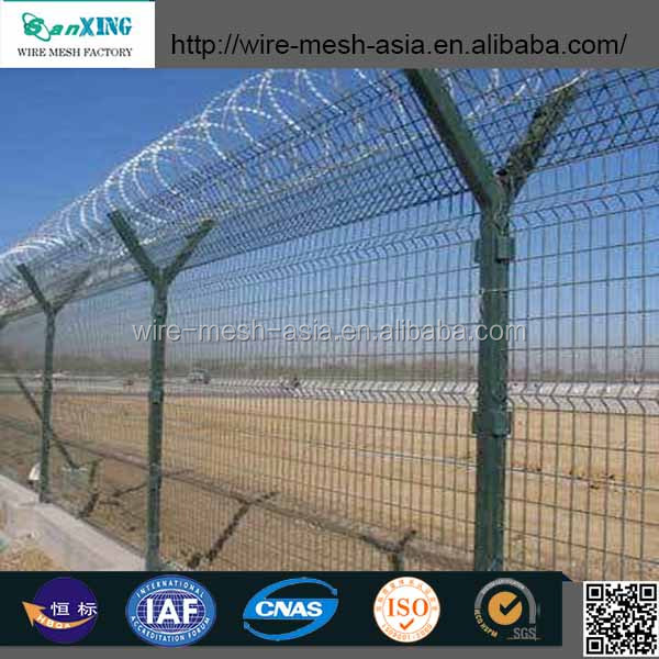 Chain Link/welded Fence Top Barbed Wire - Buy Chain Link ...