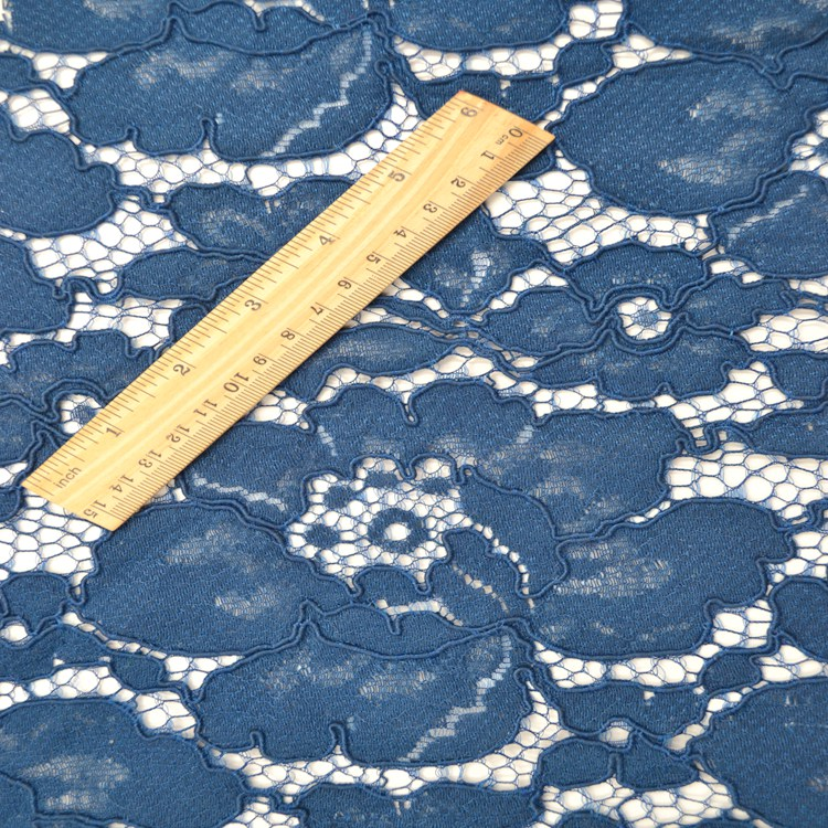 2017 thick plied yarn nylon knitting lace fabric