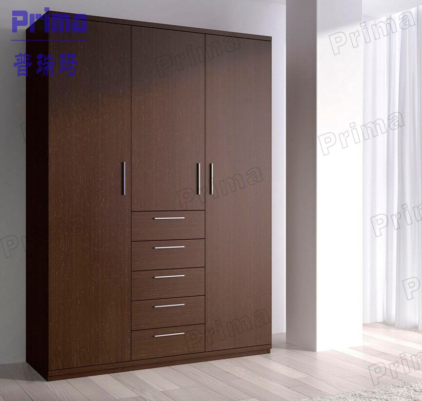Bedroom closet wood built in wardrobe cabinet with sliding for Armoire couloir design