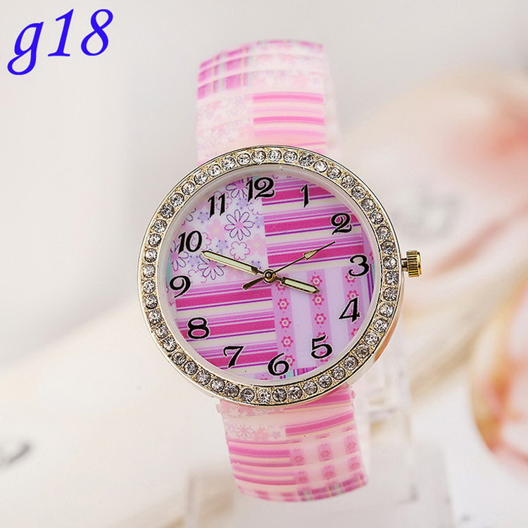 Super quality stylish unusual fashionable vogue silicone watch