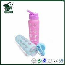 New design good quality glass material drinking bottle with assorted silicone sleeve