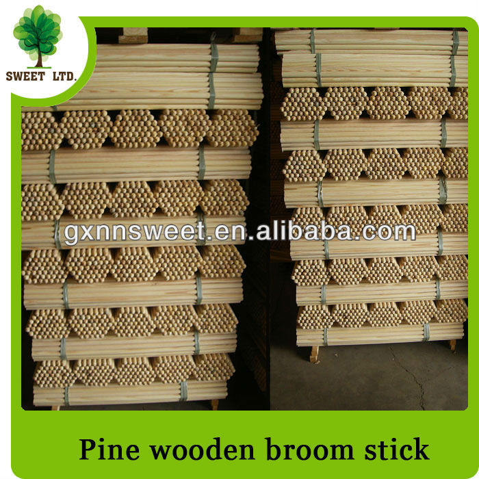 Factory Directly Sale:Pine Wood Pole