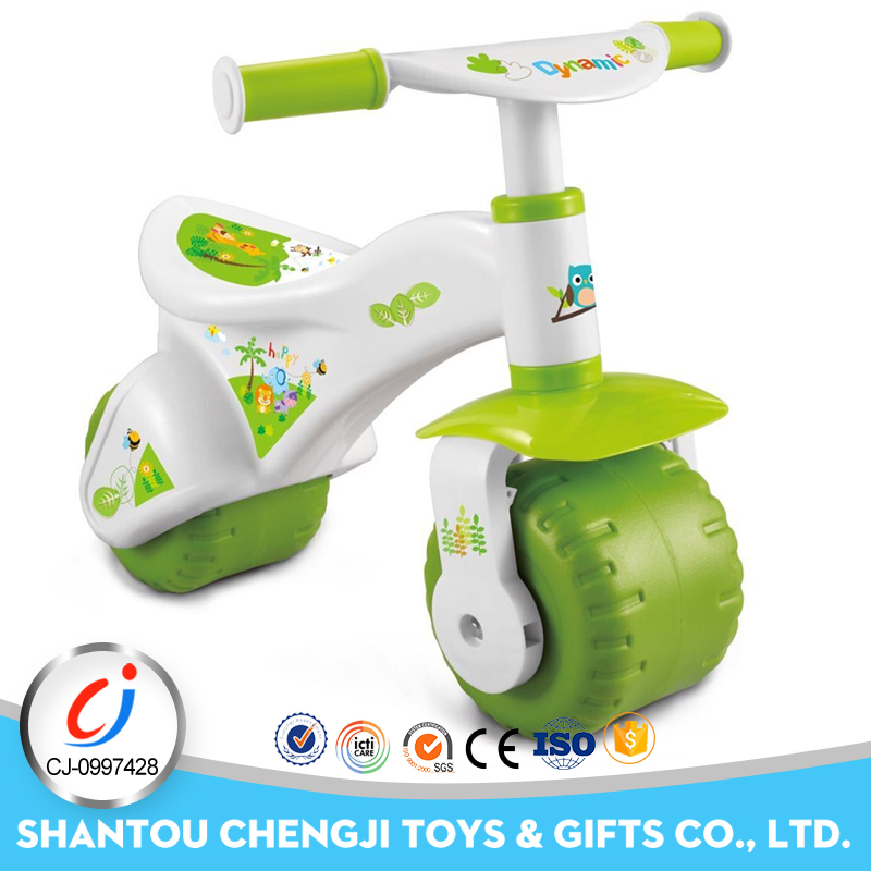 Eco-friendly material green toddlers balanced mini baby car