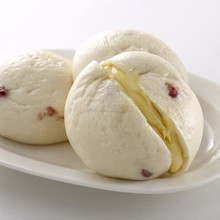 School cranberry sweet cheese steamed bun