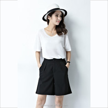 Wholesale Simple Black Cargo Walking Women Bermuda Shorts