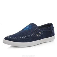 Hand Made Slip on Moccasin Men Flats Canvas Casual Shoes Sport Skate Sneakers For Men