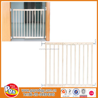Nature baby safety gate for stairs Easy Swing and Lock Wooden Gate