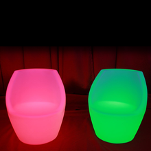 innovative products 2018 remote control 16colors changing bar stool pe illuminated led egg club chairs