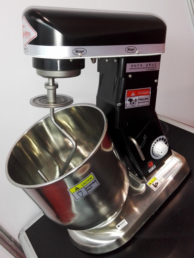 small stand food mixer with bowl