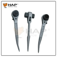 Ratchet socket wrench with bent sharp handle
