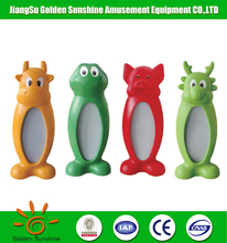 Kids Cartoon Animal Features Plastic Toy Distorting Mirror