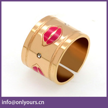 Commemorative GiftSouvenir colored enamel Bauhaus aesthetics lips stainless steel jewelry ring fashion design of drip hand ring