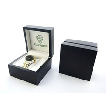 welcome OEM luxury varnish wooden watch box