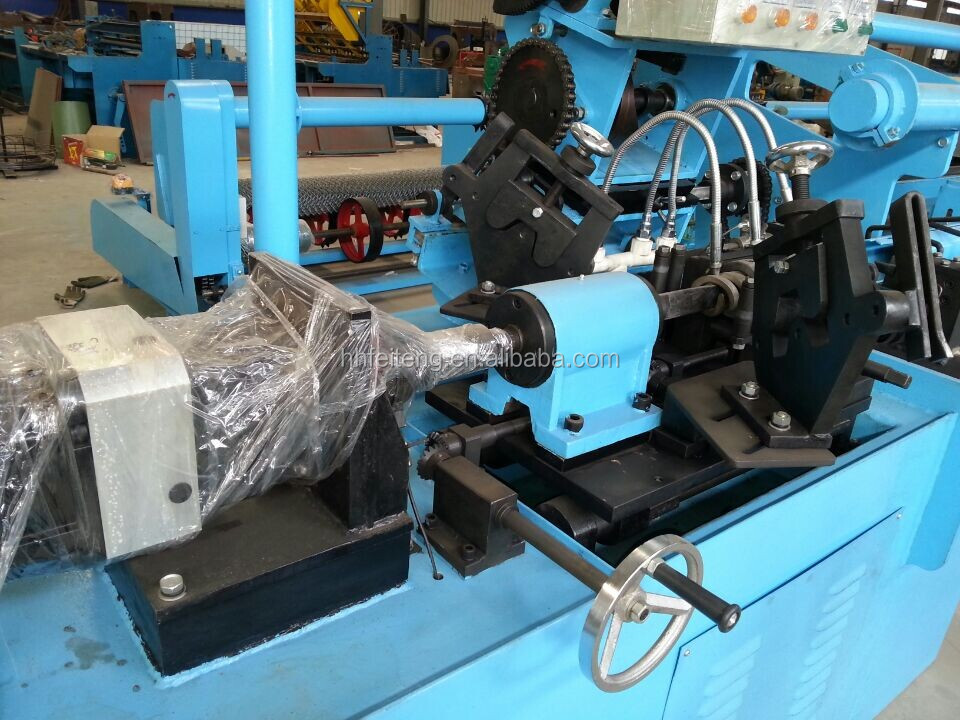 FT-D2000 Full Automatic Chain link fence machine /Low Price Diamond Mesh Making Machine