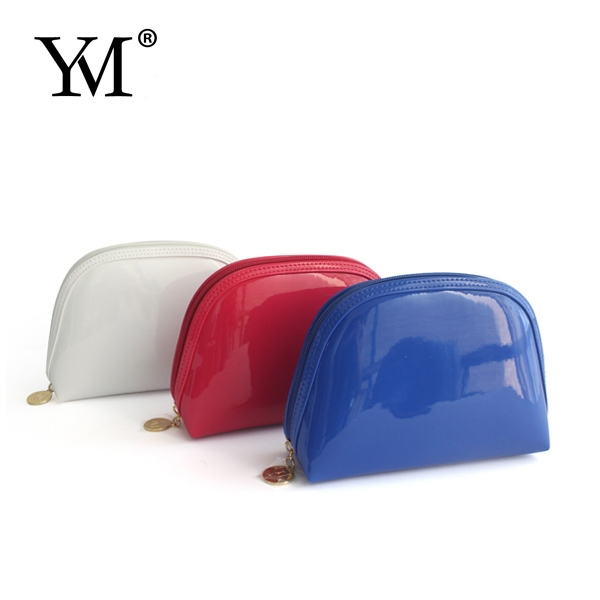 2016 Logo custom fashion patent leather cosmetic small makeup bag