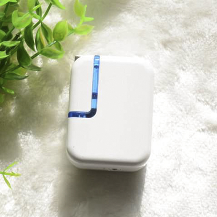 Type C wall charger power adapter foldable us plug 18W usb pd charger for travel
