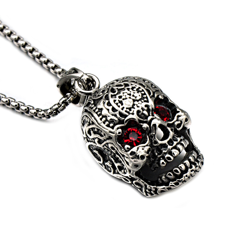 YWMT 2018 New Design High Quality Stainless Steel Ruby Eyes Carving Skull <strong>Pendants</strong>