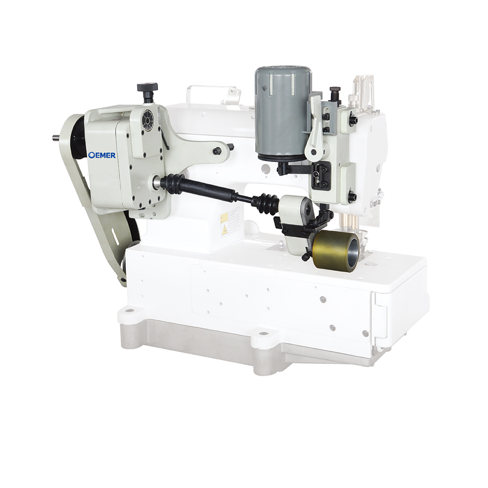 Operated simply puller for flat bed cover stitch sewing machine